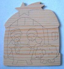 PYROGRAVURE: CRÈCHE de NOEL  en bois (peinture, loisirs créatifs)