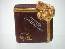 * FEVE - PERSO - GUINIER CHATEAUDUN BOITE CHOCOLAT