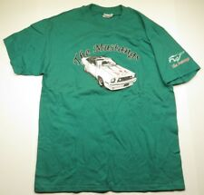 The MUSTANGS Car & Horse Graphic Green T-Shirt Adult Men's Size Large (42-44)