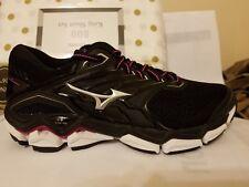 Women's Mizuno Wave Horizon 2 running shoes.US size 8.5 medium.