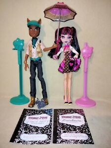 Monster High Draculaura & Clawd Wolf - Forbitten Love. A COMPLETE & SPECIAL SET!