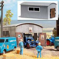 Busch Corrugated Metal Work Shed With Accessories 1064 HO Scale