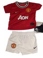 Nike Kinder Sport Set  Minikit  Manchester United  neu  Trikot + Hose + Socken