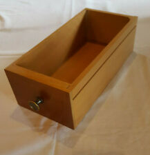 Schublade einer Singer Nähmaschinen als Regal - Nähkästchen - Nähschublade