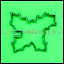 CHRISTMAS HOLLY WITH BERRIES COOKIE CUTTER - 7cm high x 8cm wide