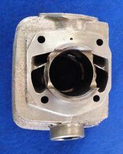 Zylinder mit Kolben SUZUKI GT250A links neu 11220-18600 Bj.1976-1977 S17/97