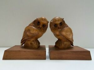 Vintage Wooden Hand Carved Owls Bookends Glass Eyes Collectible Exc Detail
