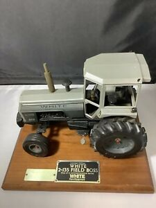 WHITE SILVER STRIPPED 2-135 FIELD BOSS TRACTOR