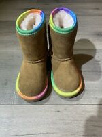 EUC UGG 1019699T Classic Short II Rainbow Toddler Chestnut Suede Snow Boots Sz 6