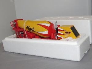 MACK FCM Series Front Discharge Cement Mixer NIB 1:34 First Gear NIB