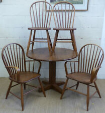Canadian oak dining table and chairs in excellent condition