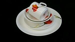 27 Piece Dinner set with serving wares 4 place setting