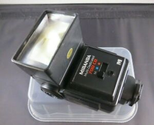 MIRANDA 700 CD Bounce/Zoom Flash + filters & instructions - tested & works