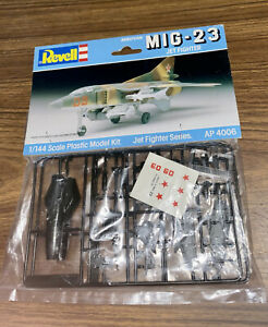 BNIP Revell 1988 MIG 23 Jet Fighter. Jet fighter series