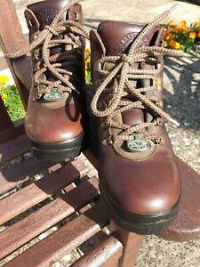 Brasher Hillmaster Classic Air 8 Mens Walking Waterproof Hiking Boots UK Size 8