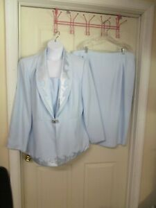 Women's Stella Louise for KB  2 Pc Skirt Suit. Light Blue. Embellished. S 22 W