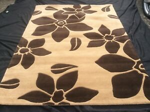 HAND-MADE, BRAND NEW, LUXURY LOUNGE RUG, LARGE, 230 x 160cm. (8' x 5') FREE DEL.