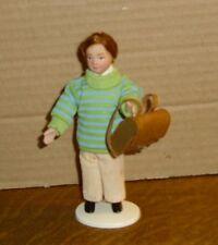 """Puppenstubenpuppe """"Junge mit Schulranzen """"  Miniatur 1:12"""