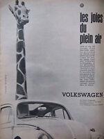 PUBLICITÉ PRESSE 1961 VOLKSWAGEN COCCINELLE LES JOIES DU PLEIN AIR - ADVERTISING