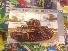 FRANCE 39H TANK SA 38 37mm GUN KIT 1:35 TR00352 Model