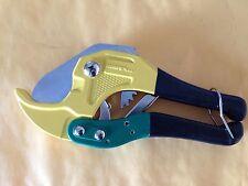 Plastic Pipe Cuter PVC Tubing Cutting Tool Green Yellow