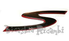 673337 - TARGHETTA FIANACATA LATERALE S PER VESPA GTS 300 SUPER SPORT