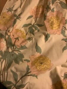 """NEW Pair Pleated Drapes in Floral Fabric - 25""""Top 41""""Bottom x 84""""L"""