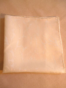 100% silk jacquard mens top pocket handkerchief Creamy white Hand rolled hem NEW