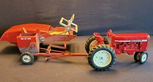 Vintage Carter TRU- SCALE Farm Toy Tractor and Harvester All Intact SET    Nice!