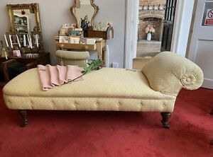 Antique Daybed / Chaise Longue Victorian Edwardian Scroll End Day Bed