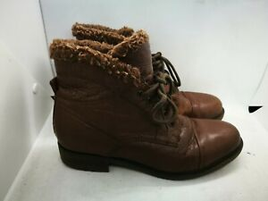 Clarks  brown leather ankle boots size 5