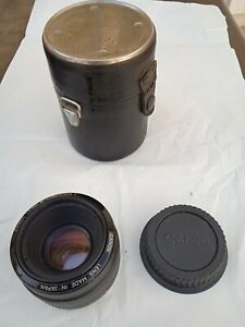 objectif lens  photo CANON EF 50 mm  1:1.8 tres bon etat