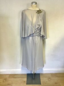 BNWT L'ATELIER LIGHT GREY & SILVER TRIM DRESS & MATCHING CAPE SIZE 22 RRP £325