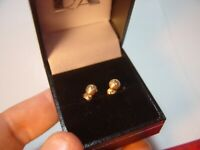 BEAUTIFUL 9CT YELLOW GOLD DIAMOND CUT STUD BALL EARINGS-CLEANED- QUALITY VINTAGE