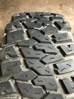 Used LT 305/65R17 Dick Cepek Extreme Country - 121/118Q - 15/32