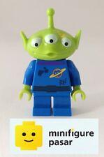 toy015 Lego Disney Toy Story 7596 - Alien Yellow Splotch on Face Minifigure