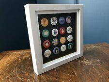 "Friends Pin Badge Frame Gift ""Caboodle 16"""