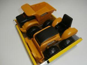 "John Deere 6"" Construction Equipment Vehicles Dump Truck & Tractor/Bulldozer"
