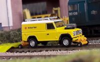 LandRover Defender 110 BR British Rail Road Railer Repair 1:76 OO/00 Gauge Model