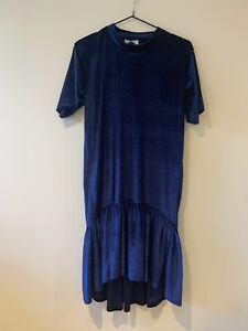 Vintage Midnight Blue Velvet Flippy Hem Dress with High Neck And Short Sleeves
