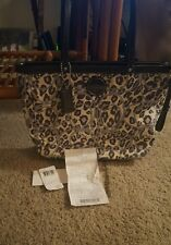 Coach OCLT PRN TOT F17973 * Great condition and super cute!!