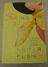 Faking It by Jennifer Crusie (2002, Hardcover, Dust Jacket, 1st Edition)