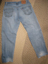 Levi's 565 men's 34 x 32, worn and comfortable