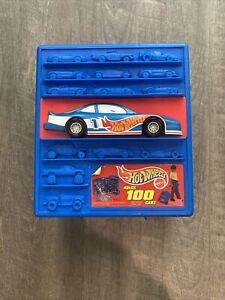 1997 Mattel 100 Hot Wheels Car Case Style 20375 W/ Wheels