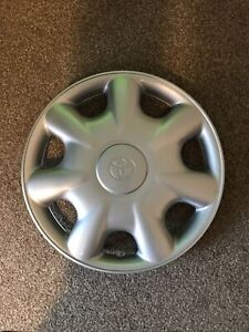 "GENUINE Toyota COROLLA E11 14"" Wheel Cover Hubcap - 42602-12500"
