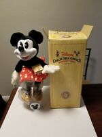 Vintage Disney Woodsculpt Series Minnie Mouse, By Applause, Includes Box & Stand
