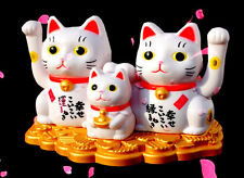 Maneki Neko Family Lucky Cat Solar Power Waving Paw Good Fortune Home Car Decor