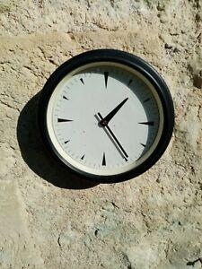 Horloge réceptrice Lepaute, horloge industrielle. Horloge de gare.