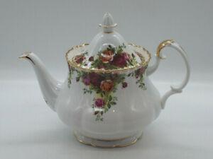 "Royal Albert ""Old Country Roses"" Large Tea Pot- English c.1962"