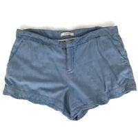 Adam Levine Womens Shorts Size 32 Chambray Blue Scalloped Hem Pockets Casual